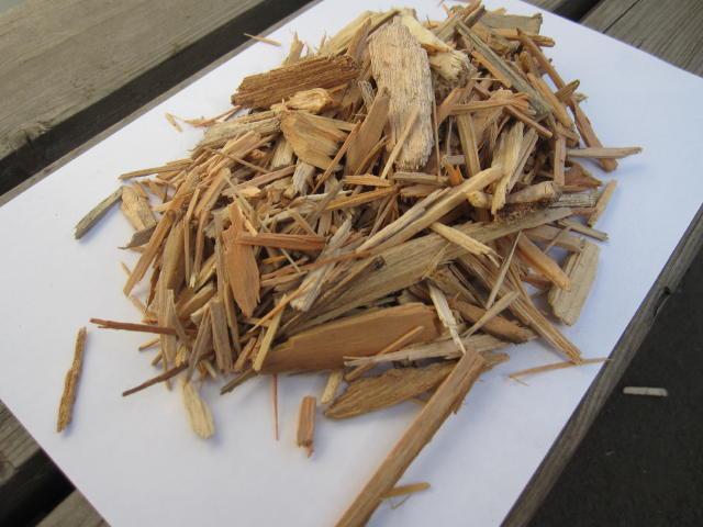 産業廃棄物や産廃の木パレットを破砕処理しチップとしてリサイクル・再利用します。木くずは業種指定もあり処分はお任せください4